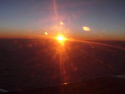 Рассвет: вид из самолета