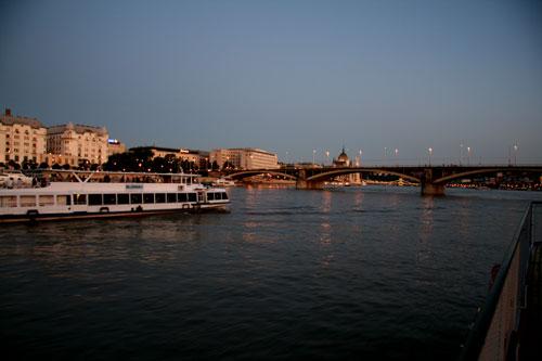 Вечерний Дунай, экскурсия на теплоходе