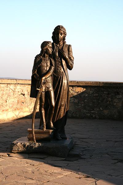 Памятник Илоне Зрини и Ференцу Ракоци II