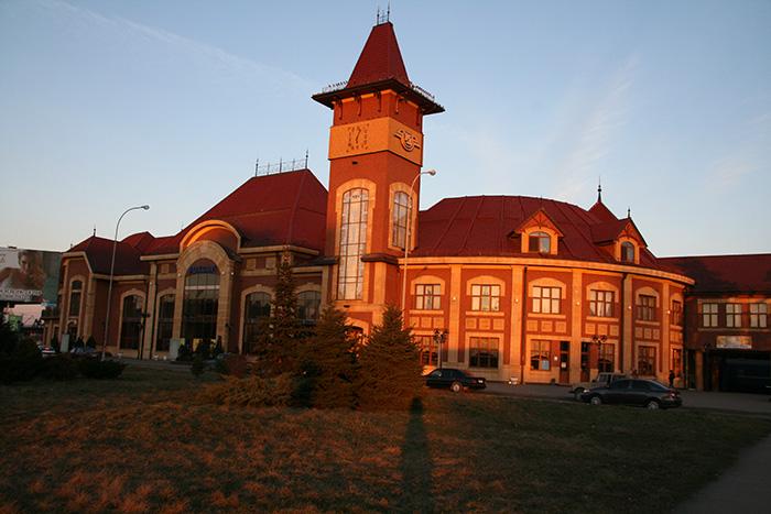 Железнодорожный вокзал Ужгорода