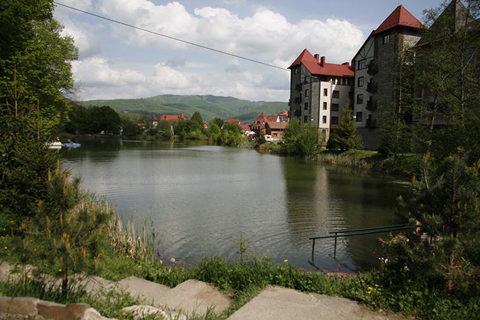 Озеро в Поляне