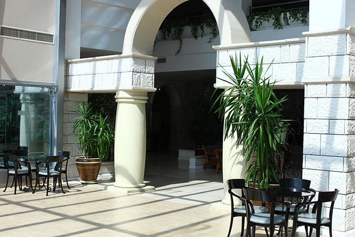 Отель Queen's Park Goynuk
