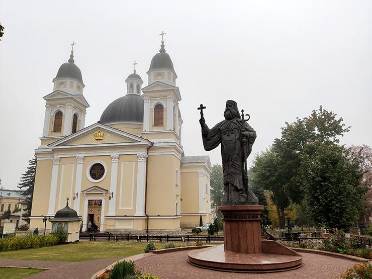 Черновцы, Храм Святого духа